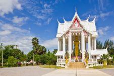 Free Wat Pranburi Temple Royalty Free Stock Photo - 25355465