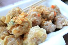 Free Chinese Steamed Dumpling, Thai Morning Snack Royalty Free Stock Photography - 25355867