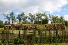 Free Fence Hay Royalty Free Stock Images - 25355889