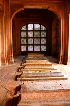 Free Pink Sandstone Tomb At Fathepur Sikri, India Royalty Free Stock Images - 25355969