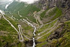 Free Road Of Trolls, Norway Royalty Free Stock Images - 25358919