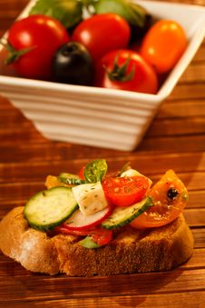 Free Summer Salad Royalty Free Stock Photography - 25366917