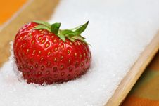 Free Strawberry Royalty Free Stock Images - 25377859