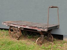 Free Old Railway Baggage Cart Royalty Free Stock Photos - 25379738