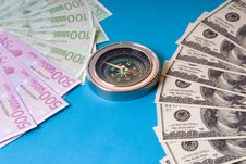 Free Compass And Money Royalty Free Stock Photo - 25385445
