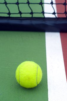 Free Tennis  Ball Stock Photos - 25390653