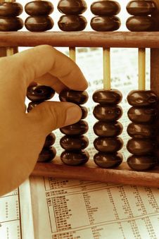 Free Hand Hold Abacus Royalty Free Stock Images - 25391489
