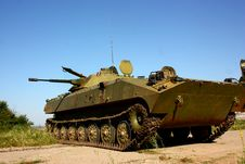 Free Military Infantry Fighting Vehicle BMP-2 Royalty Free Stock Photography - 25396447
