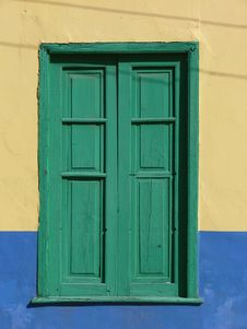 Free Green Window With Wooden Blend Royalty Free Stock Photography - 2540147