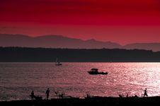 Free Crimson Coastal Sunset Royalty Free Stock Photos - 2544308