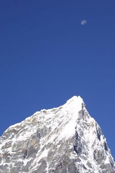 Himalaya Summit And Moon Royalty Free Stock Photography