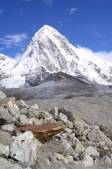 Free Pumori And Kala Pattar, Nepal Stock Photography - 2545462