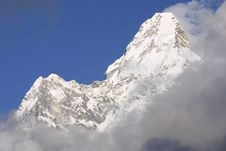 Free Himalaya Summit  Ama Dablam Royalty Free Stock Photos - 2545478
