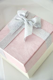 Beautiful Pink Gift Box Royalty Free Stock Images