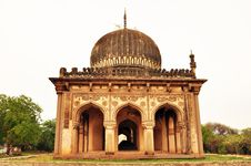 Free An Ancient, Islamic Architecture In India Stock Photography - 25423322