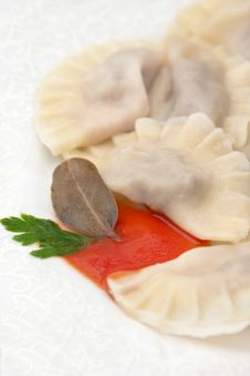 Free Boiled Pelmenin Or Meat Dumplings Stock Images - 25446904