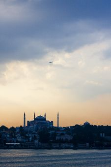 Free Istanbul At Sunset Royalty Free Stock Images - 25449919