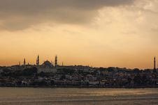Free Istanbul At Sunset Stock Photography - 25449952