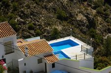 Free Villa With Swimming Pool. Royalty Free Stock Photos - 25450798