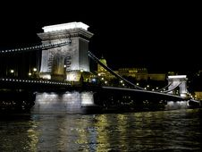 Free Budapest - The Chain Bridge Stock Images - 25461244