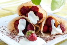Free Fresh Pancakes. Strawberries And Cream Inside Stock Photos - 25478053
