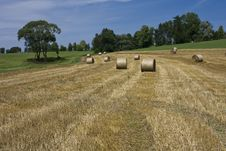 Free Straw Bales Royalty Free Stock Photos - 25485428