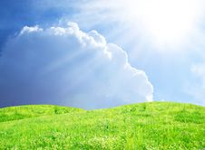 Free Green Field,blue Sky And Sun Stock Photography - 25488012
