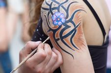 Free Body Painting In Process. Royalty Free Stock Images - 2550729
