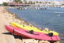 Free Sea Canoes Royalty Free Stock Photo - 2555535