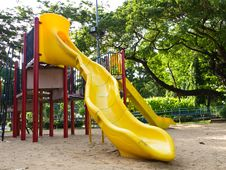 Free Children Slide Royalty Free Stock Photo - 25503415