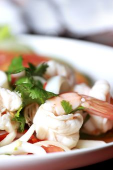 Free Shrimp, Squid Salad Mixed. Royalty Free Stock Image - 25510856
