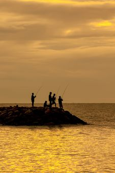 Free Angler S Shadow In Morning Sun Royalty Free Stock Images - 25512209