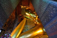 Free Reclining Buddha Image In Wat Pho Stock Images - 25512674