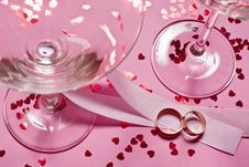 Free Wedding Rings Royalty Free Stock Photo - 25519075