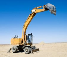 Free Excavator Loader Royalty Free Stock Photo - 25533945