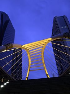 Free Pubic Skywalk At Bangkok Downtown Square Night Royalty Free Stock Photos - 25541918