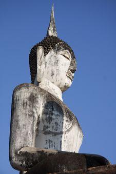 Free Seated Buddha Statue At Sukhothai Royalty Free Stock Image - 25542776