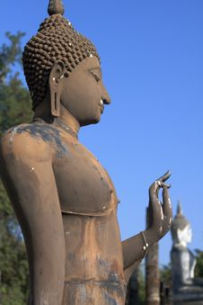 Free Standing Buddha Statue At Sukhothai Stock Photos - 25542883
