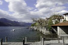 Free San Giulio Orta Lakescape Royalty Free Stock Photo - 25553295