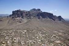Free Superstition Mountains Royalty Free Stock Image - 25563986