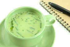 Free Soybean Milk Mixed Green Tea Stock Photos - 25565733