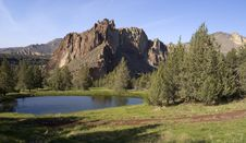 Free Smith Rock Oregon Historical Tourist Attraction Royalty Free Stock Photo - 25598255