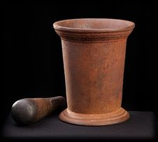 Free Mortar And Pestle Royalty Free Stock Photos - 2560388