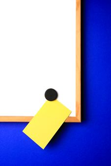 Free Whiteboard With Yellow Note Stock Photography - 2565592
