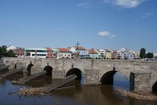 Free Pisek Old Stone Bridge Stock Images - 25600724