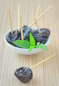 Free Dried Plums Stock Image - 25627941