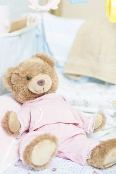 Free Teddy Bear Toy For A Newborn Royalty Free Stock Photo - 25636385