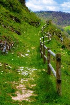 Free Path With Fence Royalty Free Stock Photo - 25637935
