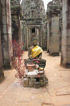 Free Buddha Statue And Khmer Art At Bayon Prasat, Angkor Thom Royalty Free Stock Image - 25646856