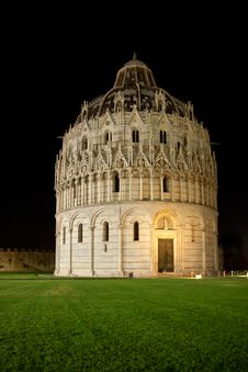 Free Pisa Baptistry In Night Stock Photos - 25681483